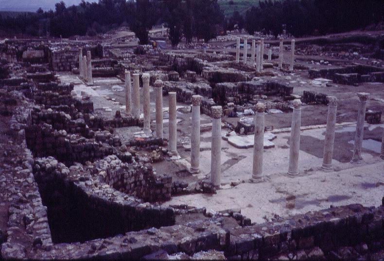 04206004 Beth Shan Columns Of Scythopolis Street Jpg